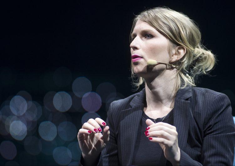 Detienen a Chelsea Manning, la exsoldado de EU, por negarse a testificar sobre WikiLeaks