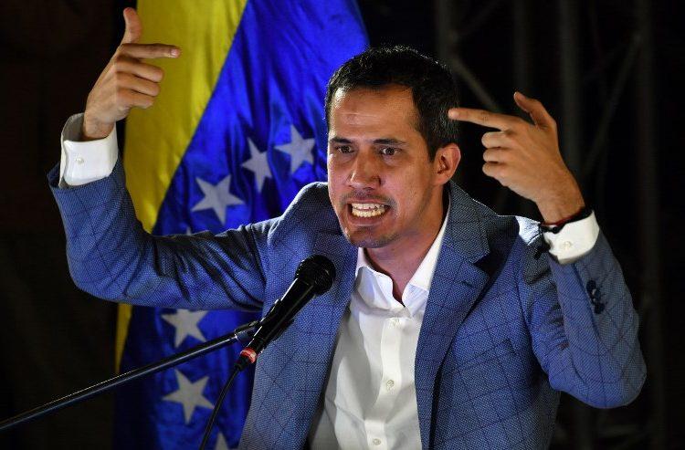 """Guaidó inicia la """"operación libertad"""" con la que pretende terminar la presidencia de Maduro"""