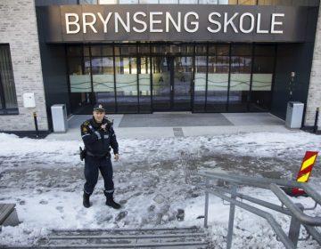 Ataque con cuchillo deja 4 heridos en Oslo; autoridades detienen al presunto agresor