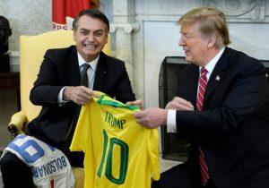 """Trump y Bolsonaro reunidos en Washington; discuten """"opciones"""" para resolver crisis en Venezuela"""