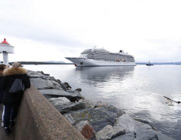 Concluye el caos en el Viking Sky: Llega a un puerto en Noruega con 900 personas a bordo