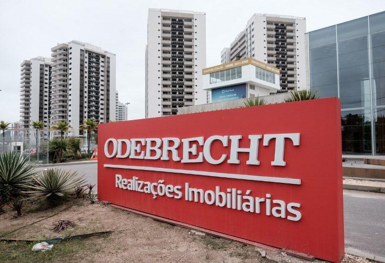 Detienen a exsenador colombiano selañado de participar en sobornos de Odebrecht