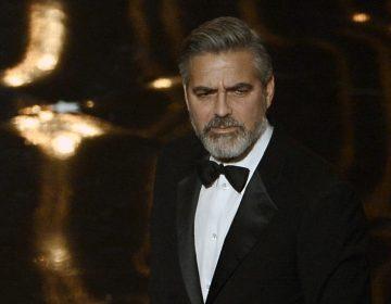 """""""Cuando vamos apoyamos a quienes lapidan o lastiman"""": George Clooney pide boicotear hoteles del sultán de Brunéi"""