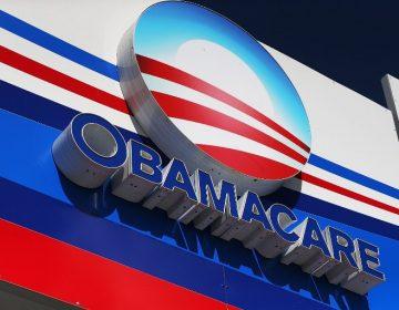 """El gobierno de Trump insiste, ahora en tribunales, en eliminar el sistema de salud """"Obamacare"""""""