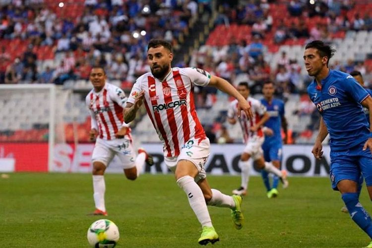 Necaxa liga tercer derrota al hilo al perder con Cruz Azul