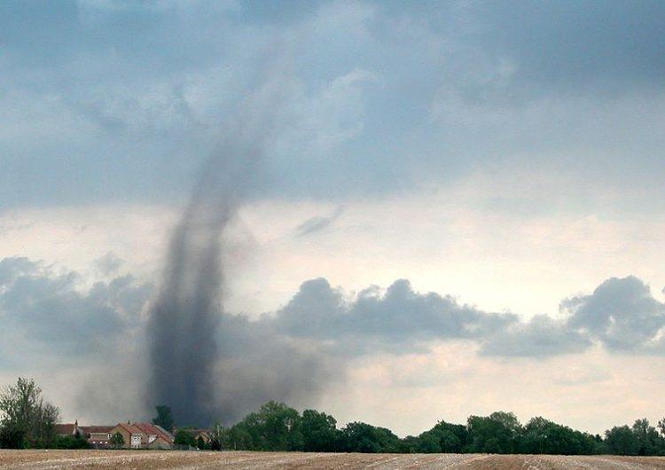 Alerta en Coahuila por pronóstico de tornados en el estado