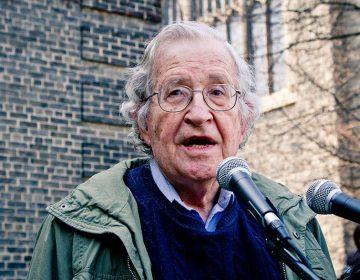 El Colegio de San Luis invita a Noam Chomsky a cátedra online