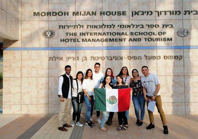 Ocho de los quince jóvenes mexicanos que viajaron para realizar prácticas profesionales en Israel son originarios de Chihuahua. Foto: UACH