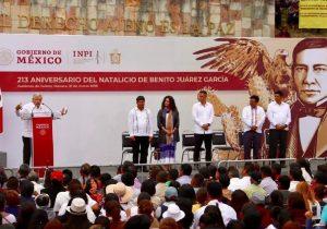 Refrenda AMLO en Oaxaca cancelación de la Reforma Educativa