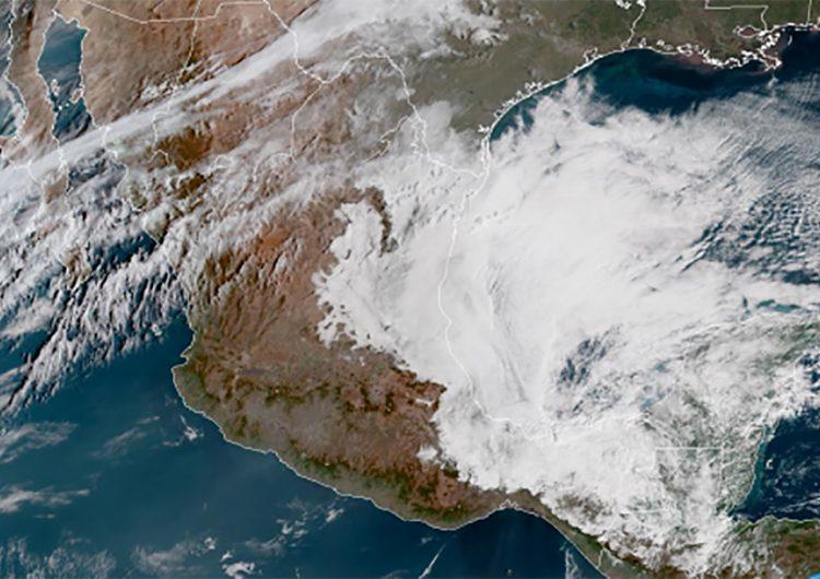 """Frente frío 41 """"refresca"""" Oaxaca y provoca """"Norte"""" en el Istmo"""