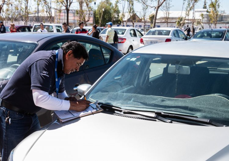 Bajo registro una tercera parte de conductores tipo Uber en Aguascalientes