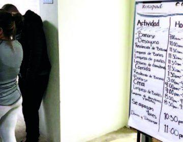 Oleadas de migrantes inundan los albergues