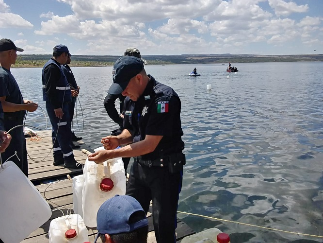 Facilita VEOLIA cámara submarina para rescate de cuerpo de joven en presa Calles