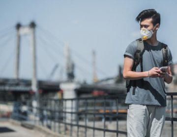 La contaminación del aire incrementa riesgo de que adolescentes presenten episodios de psicosis
