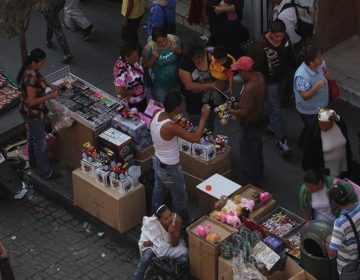 Ambulantes promueven tráfico de armas y droga en el centro de Puebla