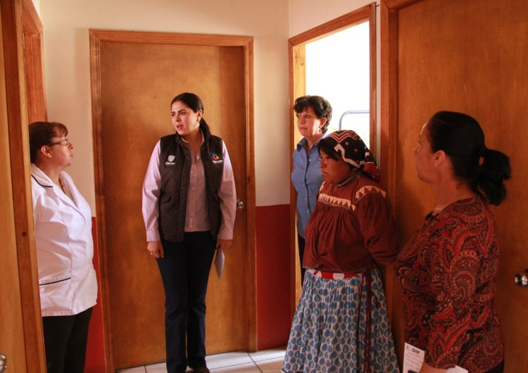 Combate DIF desnutrición en municipios de la Sierra Tarahumara