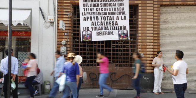 Comerciantes piden al SUTSMP concluir su huelga