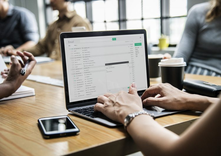 Cinco errores ortográficos que cometemos al escribir un correo electrónico