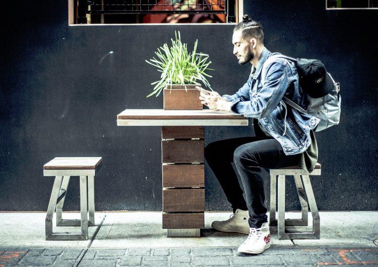 Aumentan problemas de salud mental en millenials y generación Z, ¿las redes sociales son la causa?