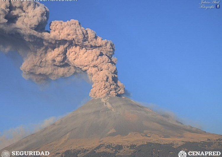 Cambia semáforo volcánico del Popocatépetl