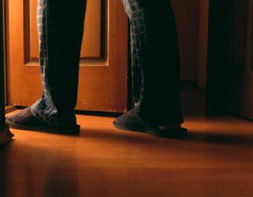 Por qué no deberías ignorar las idas nocturnas al baño