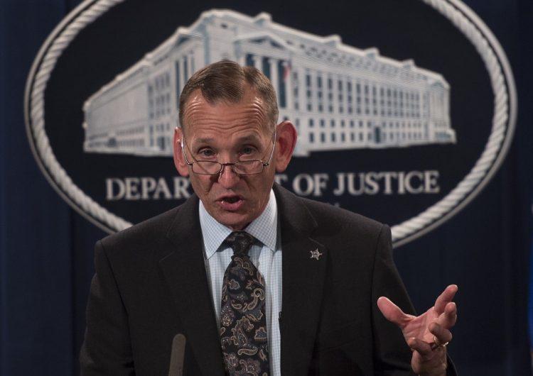 Una nueva salida entre altos mandos de Trump: El jefe del servicio secreto dejará su cargo
