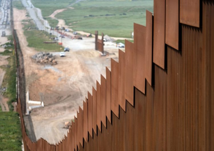 mexico frontera trump. mexico frontera trump