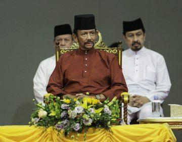 Polémicas leyes en Brunéi: permitirán lapidaciones por homosexualidad y adulterios