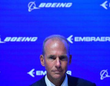 """""""Lamentamos las vidas perdidas"""": Presidente de Boeing acepta fallas en aviones accidentados"""