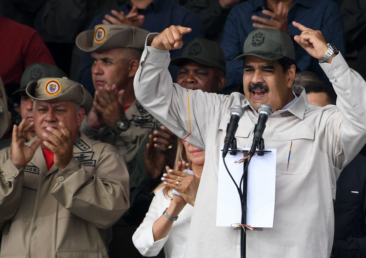EU impulsa financiamiento de 10,000 millones de dólares para un nuevo gobierno en Venezuela