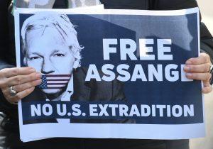 Ecuador denuncia 40 millones de ciberataques tras quitarle el asilo al fundador de WikiLeaks, Julian Assange