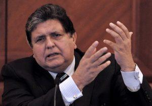 Expresidente de Perú muere tras dispararse un tiro en la cabeza antes de ser detenido por el caso Odebretch