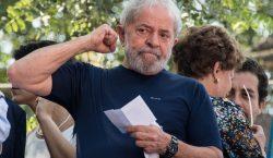 Tribunal Superior de Brasil aprueba reducir condena de Lula; podría…