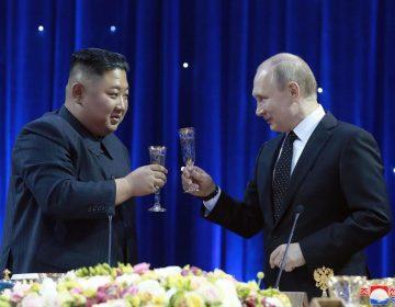 """Qué pasó en la reunión entre Kim y Putin y por qué Trump estuvo """"presente"""""""