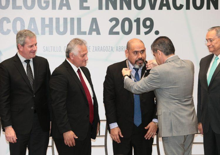 Investigador de la Universidad Autónoma de Coahuila gana el Premio Estatal de Ciencia