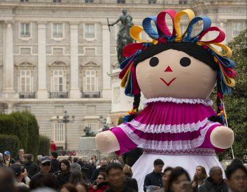 Lele, la muñeca otomí que promueve la cultura de Querétaro por el mundo