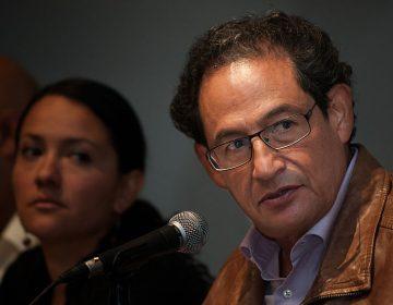 Juez falla a favor de Sergio Aguayo; demanda de Moreira es desechada