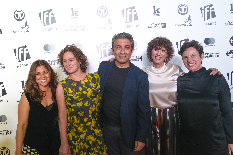 https://newsweekespanol.com/2019/04/el-cine-para-contar-lo-que-duele-festival-internacional-cine-panameno/