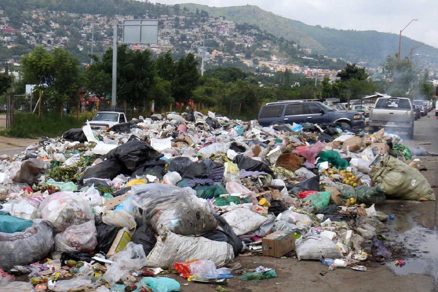 4632294cb Adiós al plástico en Oaxaca: prohíbe Congreso venta, obsequio o entrega de  bolsas, popotes y unicel
