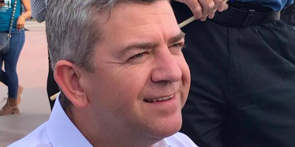 Adelgazar la nómina del gobierno del estado prometió Oscar Vega Marín, candidato a Gobernador por el PAN
