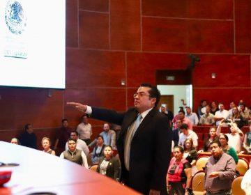 Designa Congreso de Oaxaca a Salvador Cruz como contralor del IEEPCO