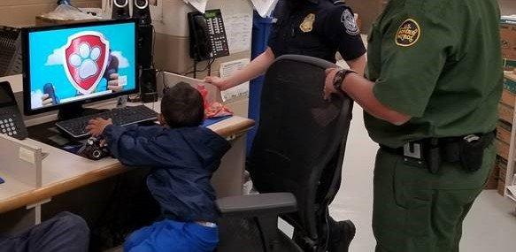 Migrante de 3 años abandonado en maizal de EU es originario de Guerrero; hay contacto con sus padres en NY