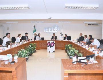 Aprueba IEE 2 mil 43 candidaturas en planillas de ayuntamientos