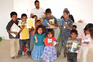 Cubre Estado educación básica a hijos de jornaleros migrantes