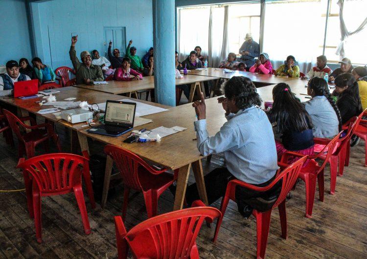 Imparten taller sobre derechos humanos en comunidades de la Sierra