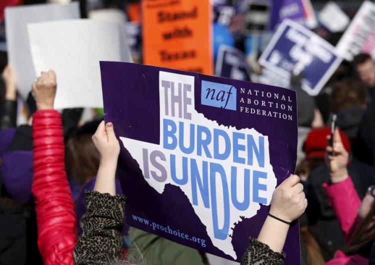 Legislador propone pena de muerte a mujeres que decidan abortar en Texas