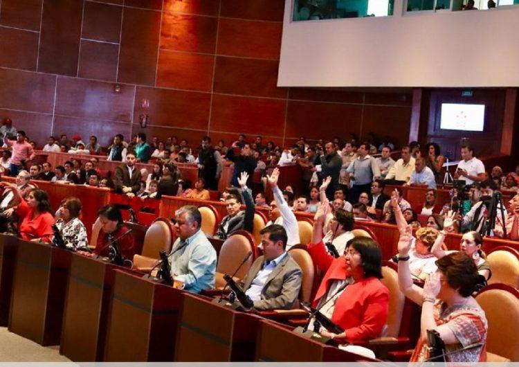 De los ricos tamales a la cara limpia: la sesión en el Congreso de Oaxaca