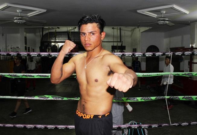 Boxeador aguascalentense en vísperas de un campeonato mundial