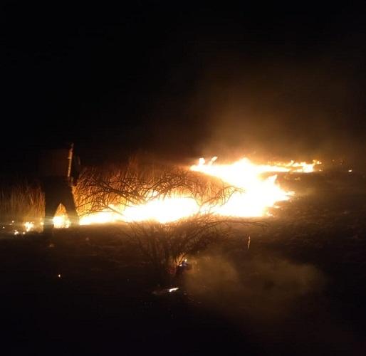 Se suma helicóptero de la SSPE en sofocamiento de incendio en Pabellón de Hidalgo