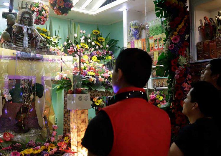 """Cuestiona iglesia católica festejos de la """"muerte"""" en Puebla"""